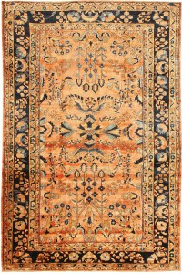 Antique_lilihan_persian_carpet